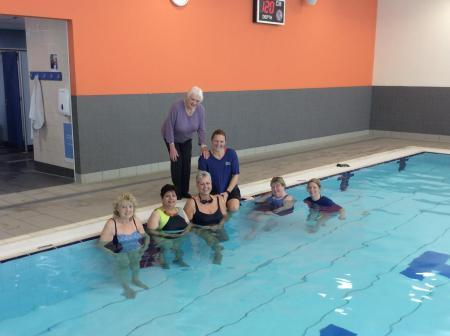 Councillor Anne Hingley with swimming group