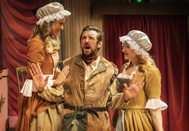 ERIC THE RED: Pictured left to right are Gemma Oaten (Sophie), Craig Gazey (Eric) and Rhiannon Handy (Philippa). Photo -  Pamela Raith.