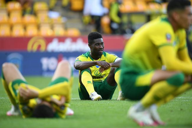 Alex Tettey has defended his manager