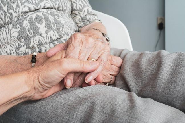 Care homes in Worcestershire will soon be allowed to welcome visitors back once again