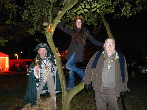 Bromsgrove Town Crier Kevin Ward, Wassail Queen Elinor Braithwaite and the mayor Alan Mason