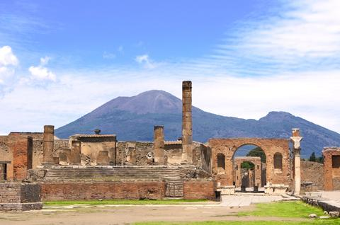 Retracing the glory of Pompeii