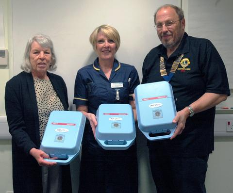 Norma Elliott, Lynn Dale, specialist nurse practitioner - respiratory and Bill Southworth, president of Redditch Lions Club