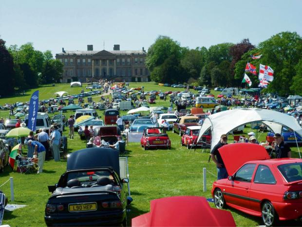 Classic cars converge at Ragley Hall