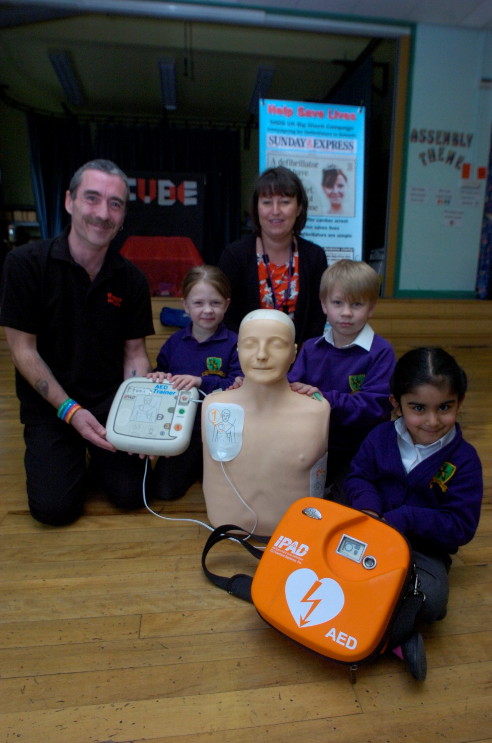 Redditch Round Table helping Redditch Heart Safe in its vital work