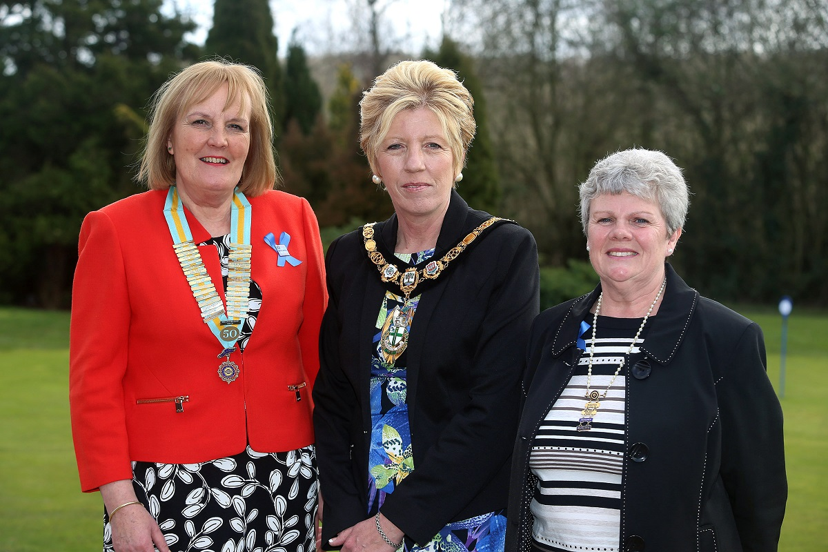 Inner Wheel district chairman Liz Ostroumoff, with Redditch mayor Wanda King and Judy Keight, the vice president of the Inner Wheel Club