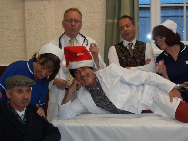 Redditch Advertiser: FARCE: The cast of  It Runs In The Family