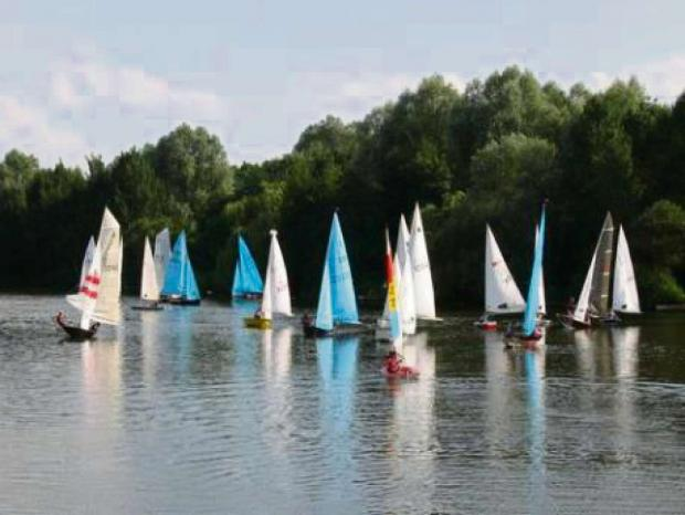 Try sailing for free at Redditch Sailing Club