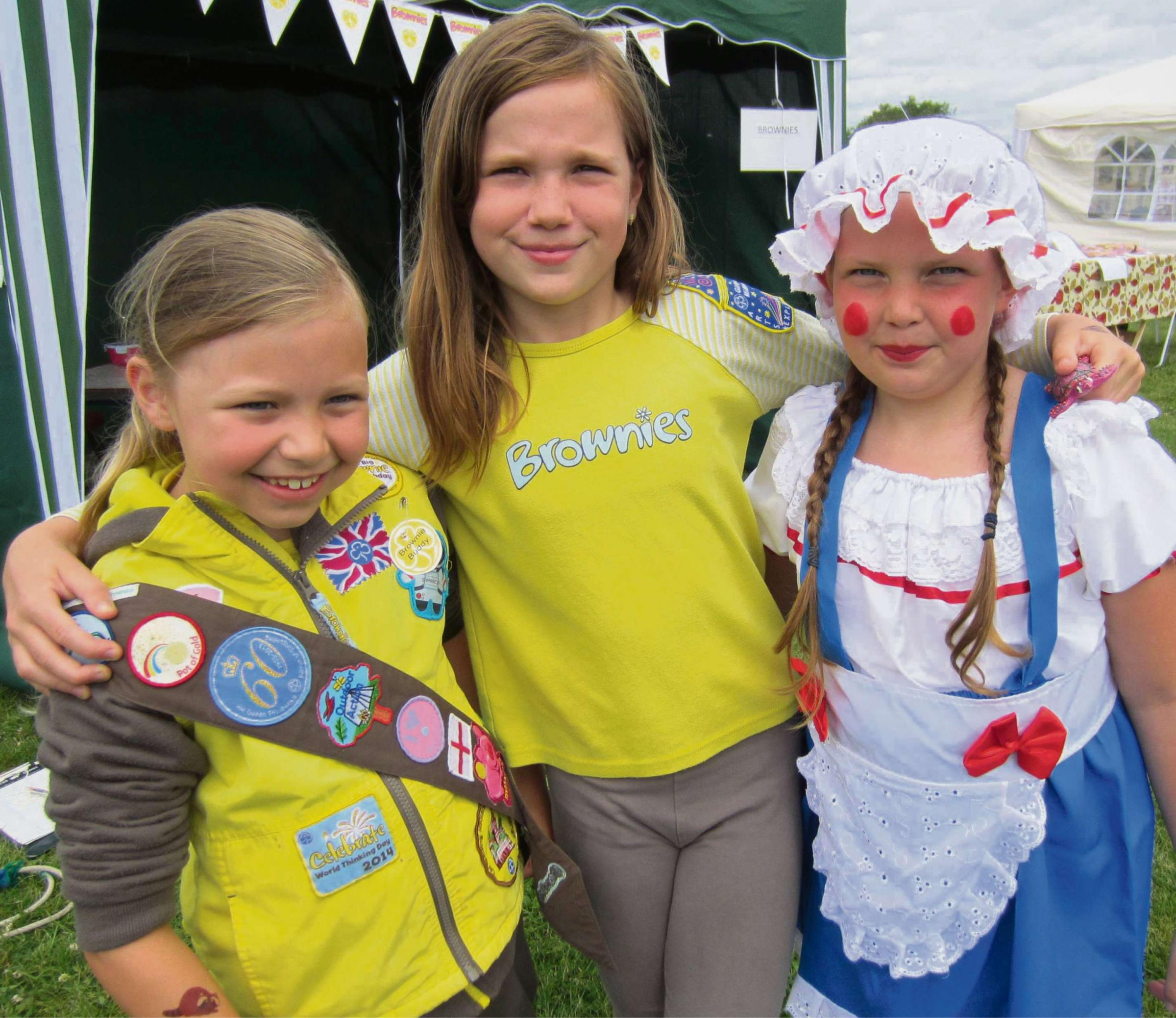 STUDLEY FUN DAY: Isabella Ebbon, Isobel Parker and Isabelle Thompson. SP