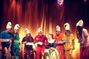 Inkberrow Young Farmers win panto competition