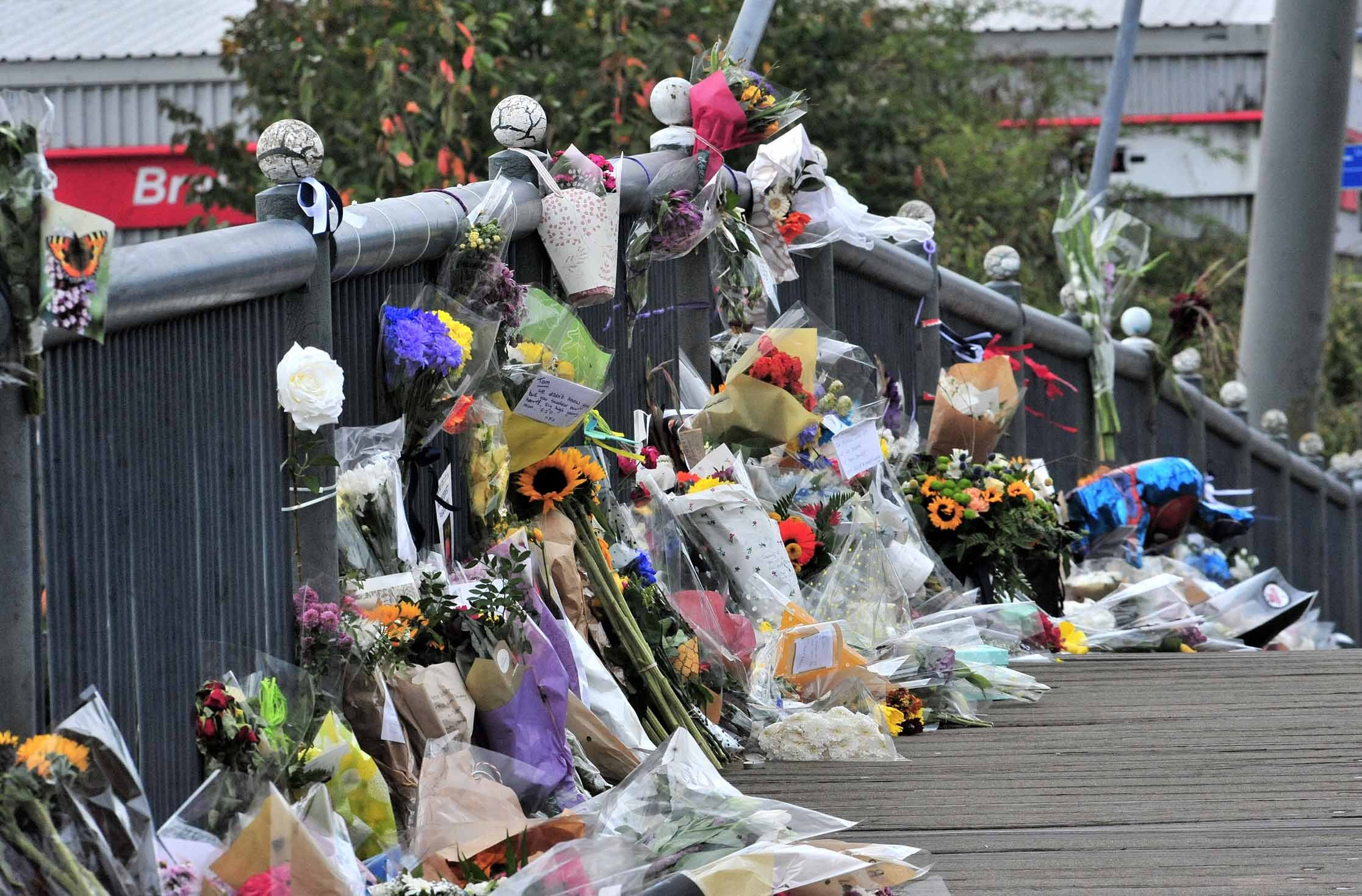Tributes to Tom Jones on Worcester's Sabrina Bridge. Photo by Jonathan Barry